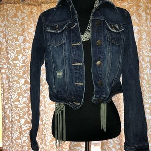 DECREE cropped distressed jean jacket